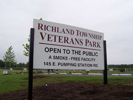 veterans park sign